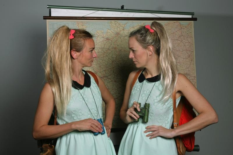 Dernière: «Das doppelte Lottchen» von «Weltalm Theater» aus der Reihe theaterblitze
